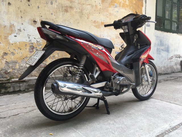 Wave RS 110 mau do den may nguyen cuc chat 30L1 0501 - 4