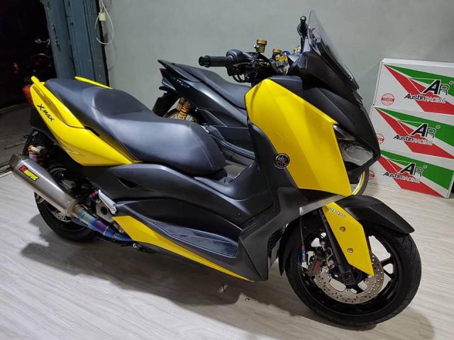 Yamaha XMax300 ban tuy chinh kha loi cuon tai NBB RacingParts