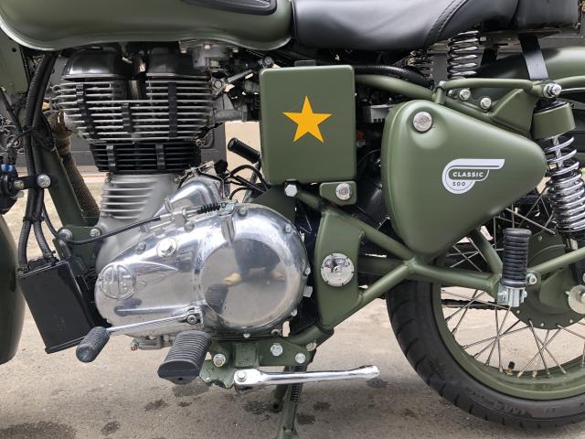 __ Can Ban xe Royal Enfield Battle Green 500cc Mau xanh quan doi la mau nguyen thuy cua Royal Enfie - 10