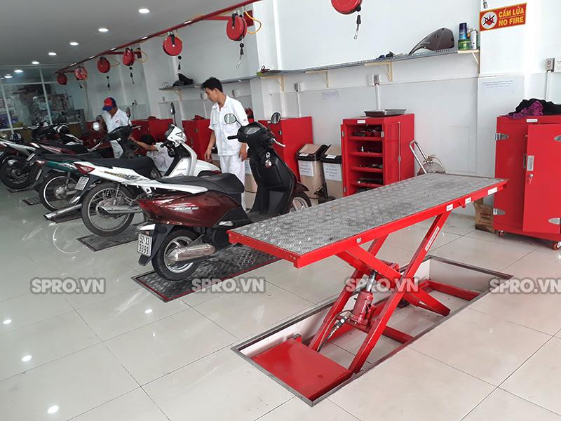 Ban nang xe may gia re tp hcm cho cac tiem sua xe head Honda - 3