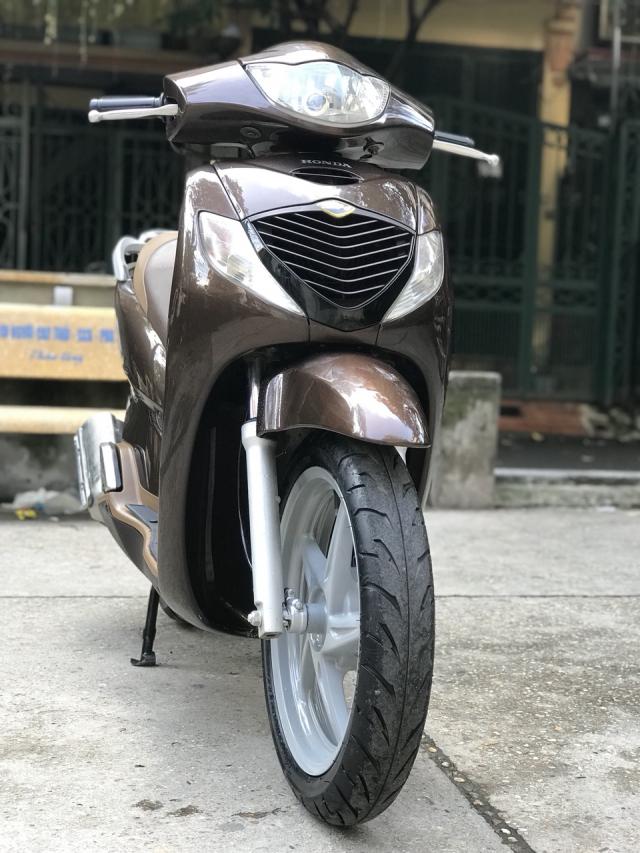 Ban xe Honda SH 150i mau nau Cafe nhap khau Y cuoi 2010 - 5