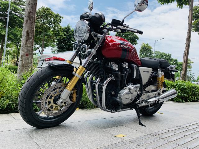BAN XE CB1100 RS