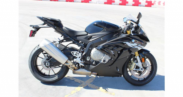 CAN BAN BMW S1000 RR DATE 2018 MAU DEN