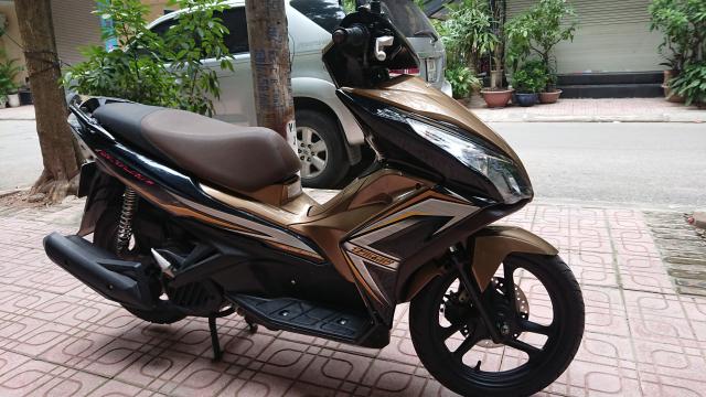 Can ban Honda Airblade 125 fi vang den 2014 con moi chinh chu 30tr500 - 6