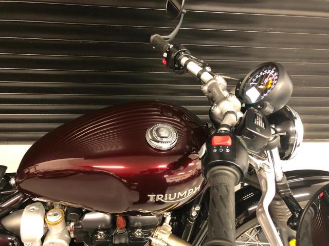 Can ban Triumph Bonneville T120 Black mau den 2018 - 9