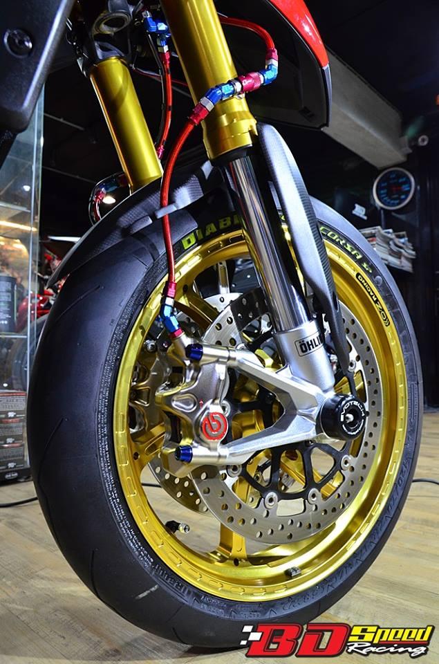 Ducati Hypermotard day khieu goi voi dan chan hang nang - 4