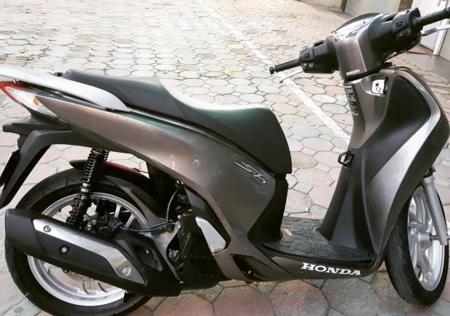Hai Phong Ban Honda SH 125i Viet Nam mau xam doi 2013