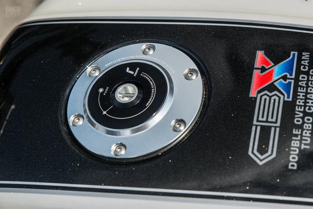 Honda CBX1000 quai vat trang bi dong co tang ap den tu RNO - 10