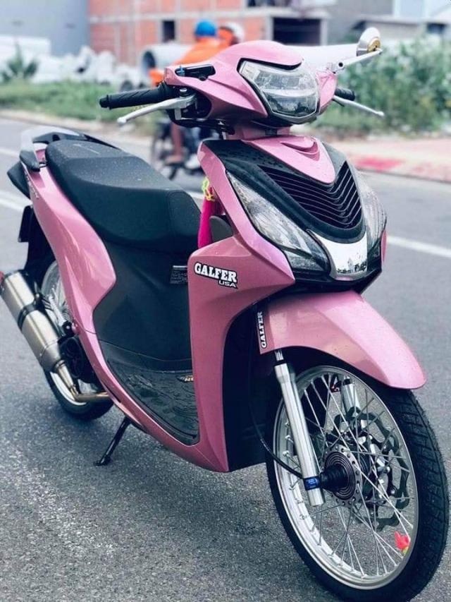 Honda Vision do tao diem nhan bang hoi tho Akrapovic day uy luc - 3