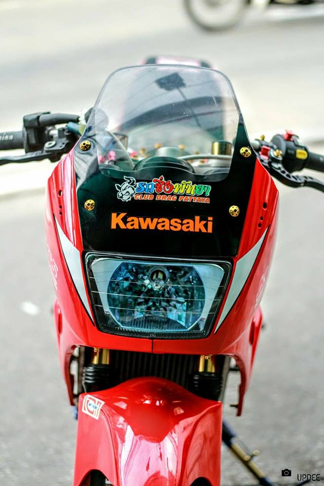 Kawasaki Kips 150 do kho tho voi heo Brembo Moto3 sieu dat gia - 4