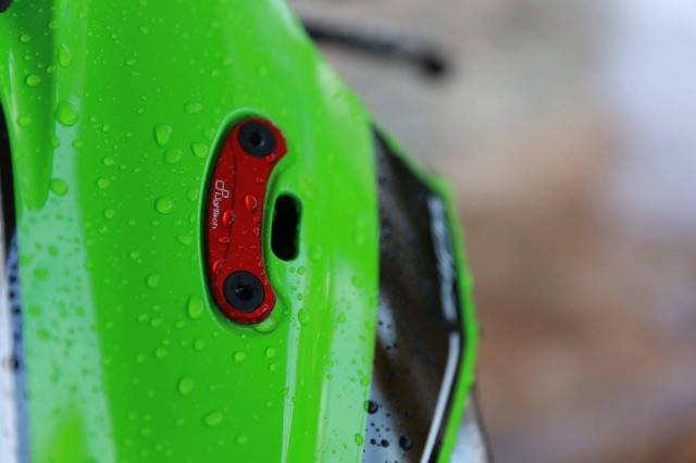 Kawasaki ZX10R ban nang cap don gian day lich lam - 4