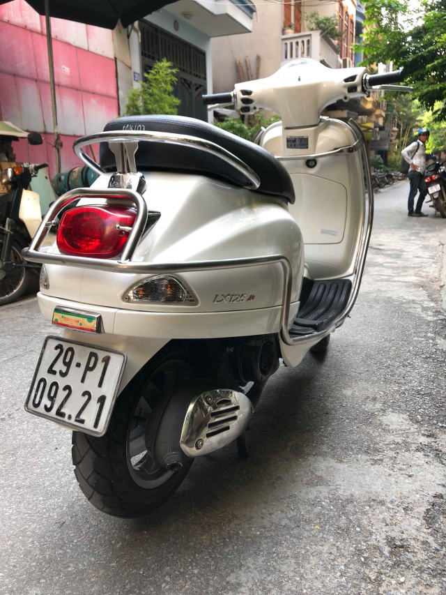 LX 125ie VN Trang bien 29P1 09221 doi cuoi 2011 it su dung den 275 trieu chinh chu nu di giu - 5