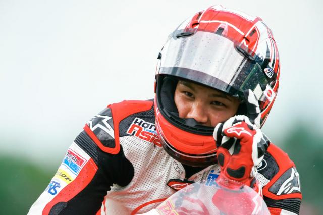MotoGPMua giai 2019 Su canh tranh khoc liet den tu nhung tay dua tre - 13