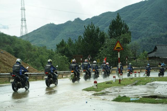Phan II Exciter 150 2019 cung hanh trinh xuyen Viet 3500 km tu Sai Gon den Ha Giang
