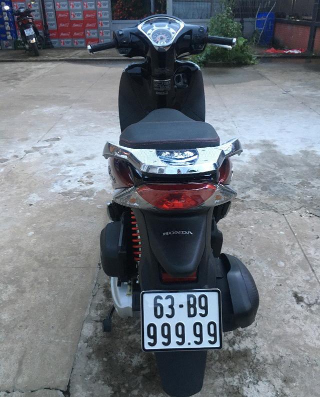 SH Mode o Tien Giang ban duoc 500 trieu voi bien so dinh nhat tinh - 3