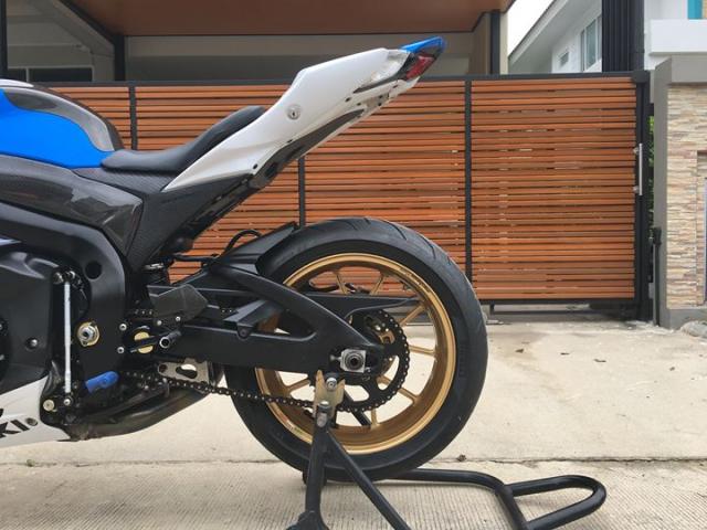 Suzuki GSXR1000 ban nang cap sac mui cong nghe tu nghe danh Ca heo xanh - 10