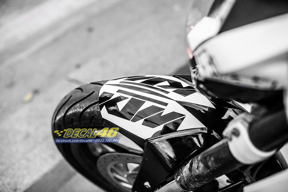 Tem trum KTM Duke Trang den zin cuc chat tai Decal 46 - 3
