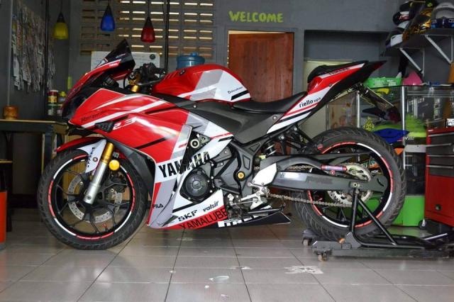 Yamaha R3 ham ho theo phong cach MotoGP - 6