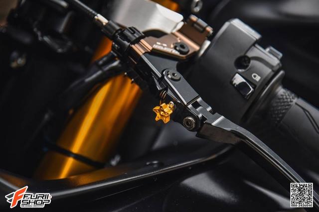 Yamaha R6 ngua hoang day kich tinh voi lan da ram nang - 6