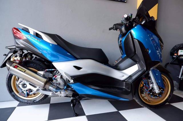 Yamaha XMax300 nang cap tuyet voi voi tone mau Blue Candy - 6