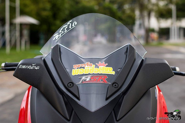Yamaha XMax300 ruc ro ben dan do khung - 4