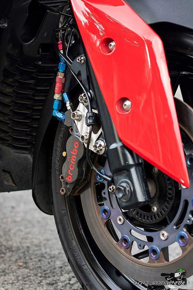 Yamaha XMax300 ruc ro ben dan do khung - 8