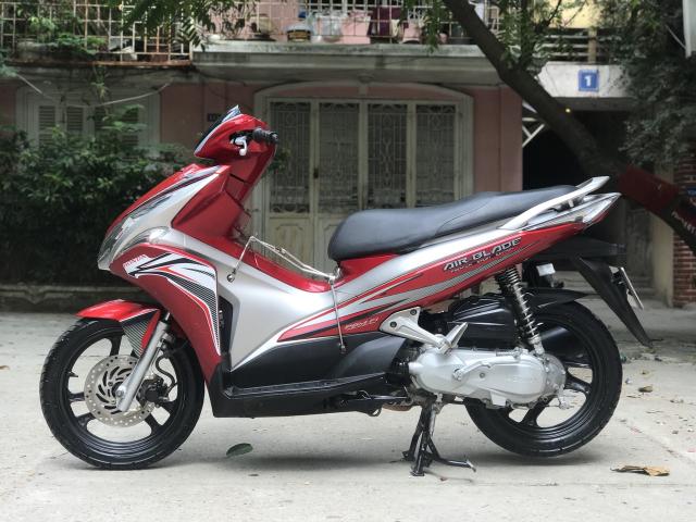 Ban HonDa Air Blade 29X101550 mau do den - 4