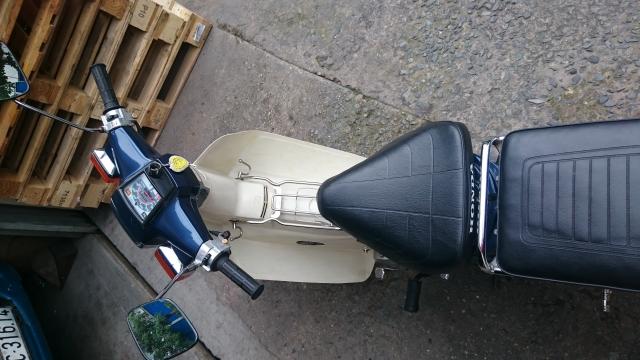Honda Cub Custom 50 nhu moi