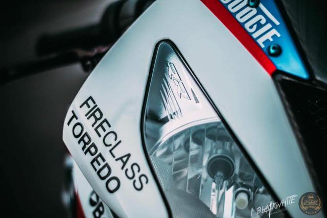 BMW S1000RR do dep mien man voi phong cach tem dau TYCO Racing - 4