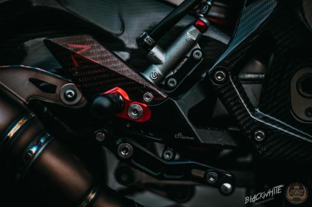 BMW S1000RR do dep mien man voi phong cach tem dau TYCO Racing - 22