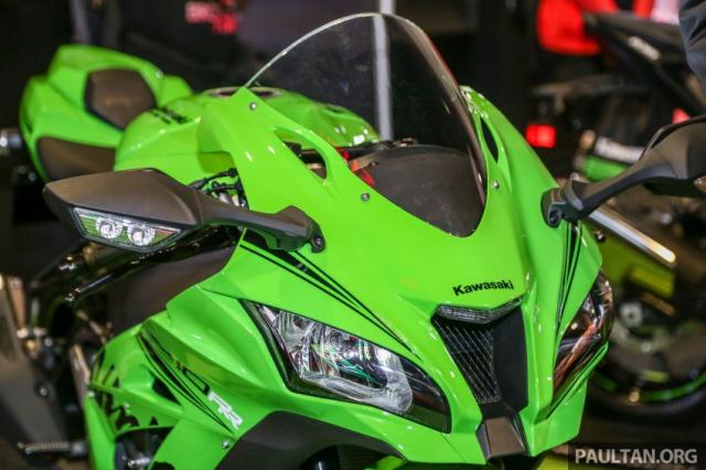 Can canh Kawasaki Ninja ZX10RR va ZX6R 2019 duoc cong bo gia khoi diem 899 trieu va 444 trieu VND - 4