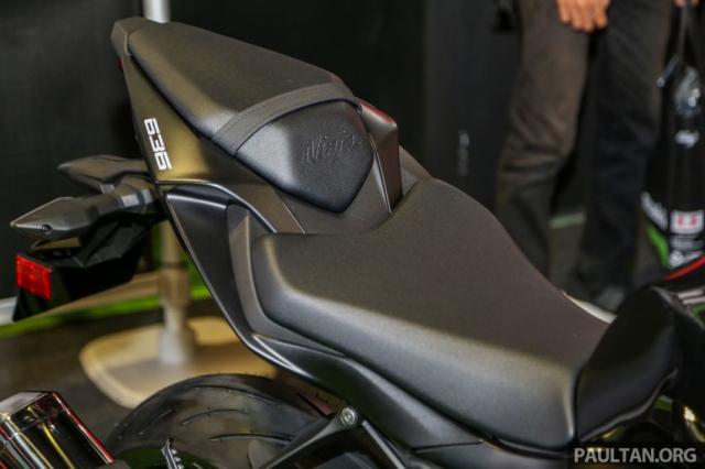 Can canh Kawasaki Ninja ZX10RR va ZX6R 2019 duoc cong bo gia khoi diem 899 trieu va 444 trieu VND - 24
