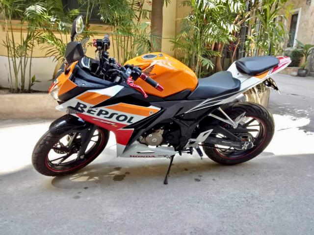 CBR150R Repsol