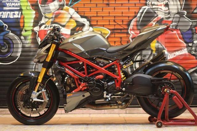 Ducati Streetfighter tao net day luc luong ben nghe thuat duong pho Graffiti - 8
