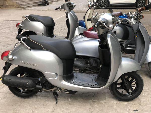 Honda Giorno 50cc Mau xe duoc gioi tre san lung rao riet