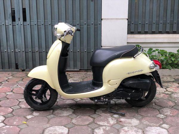 Honda Giorno 50cc Mau xe duoc gioi tre san lung rao riet - 3