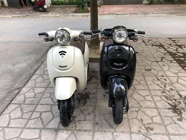 Honda Giorno 50cc Mau xe duoc gioi tre san lung rao riet - 4