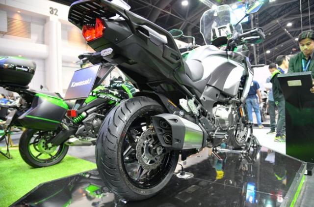 Kawasaki Versys 1000 2019 cong bo gia ban tu 437 trieu VND tai Motor Expo 2018 - 4