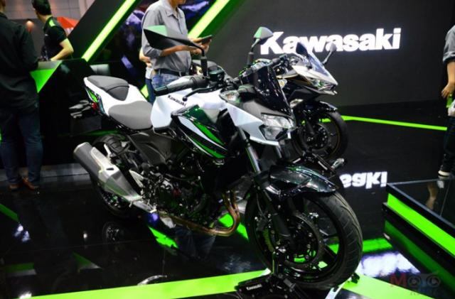 Kawasaki Z250 Z400 duoc cong bo gia ban chinh thuc tu 116 trieu 131 trieu VND