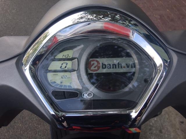 Like 125 ABS 2018 gia 57 trieu dong mau xe ga an toan danh cho phai dep - 4