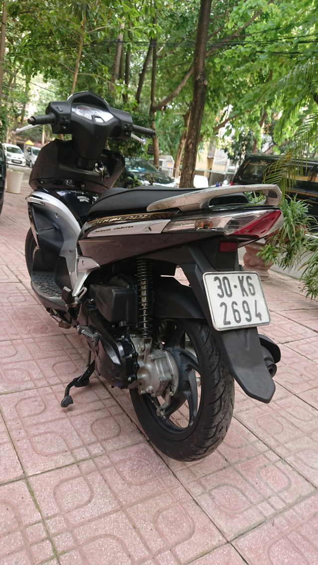Rao ban Honda Airblade fi 2010 chuan doi nguyen ban cuc chat - 4