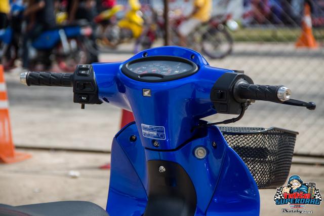 Wave 125 do dan chan Sexy de lai nhieu cam xuc do xe cho biker Viet