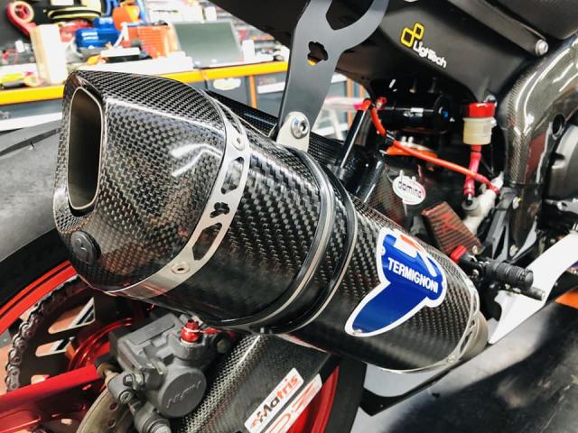 Yamaha R6 hoi sinh mot huyen thoai da bi lang quen - 10