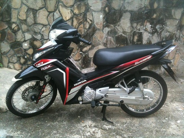 Ban chiec Honda 110 cu khong dung o Ha Noi