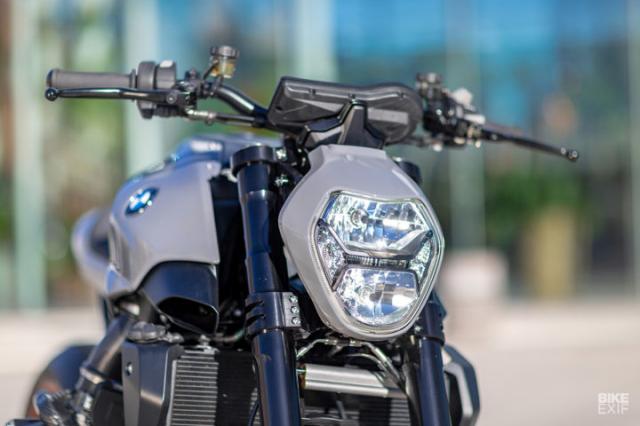 BMW R1200R ban do GOES LIKE CORN THROUGH A GOOSE cua UCC - 10