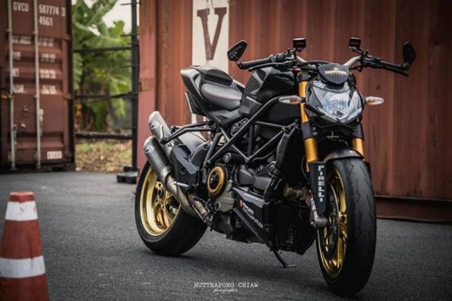 Ducati StreetFighter 848 Huyen Thoai loi lac dien kien day noi bat