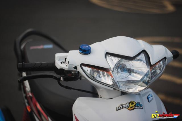 Honda Wave 110 tac pham do gay nghien voi dan chan qua muot