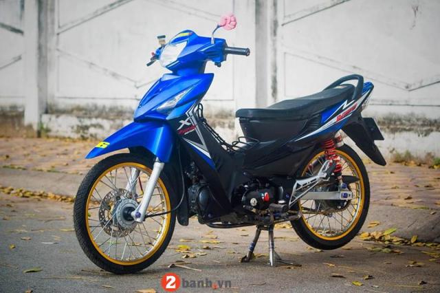 Honda Wave do dan chan Titan ngau ngoai suc tuong tuong