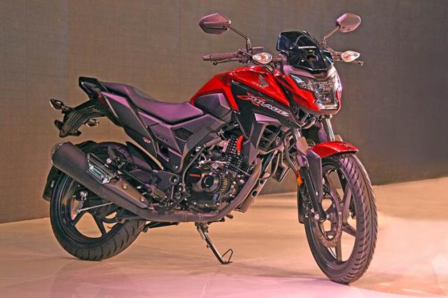 Honda XBlade ABS 2019 voi 5 sac mau moi gia tu 26 trieu Dong