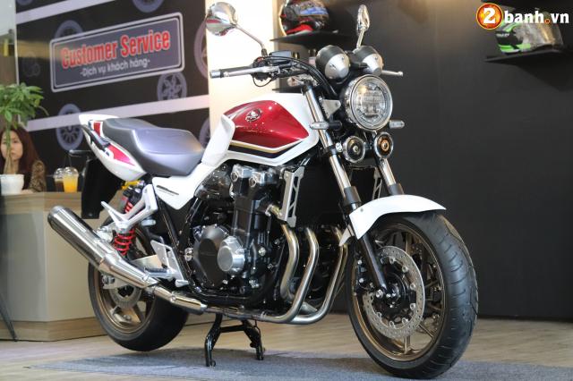 Huyen thoai Honda CB1300 Super Four phien ban ky niem 25 nam cap ben tai Viet Nam - 3